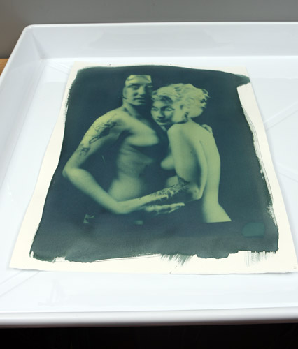cyanotype_afterexposure_beforewash